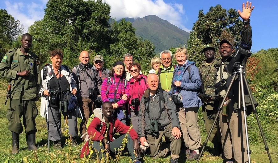 """Seltene Vögel in den geheimnisvollen """"Mondbergen"""" – Bartmeise-Reisegruppe aus Uganda zurück"""